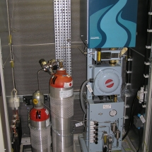 Analýza plynu chromatograf danalyzér